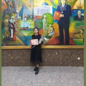 Факультет студенті қалалық Фариза Оңғарсынова шығармаларынан көркемсөз оқу байқауының жеңімпазы